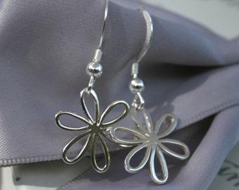 Daisy earrings Sterling Silver