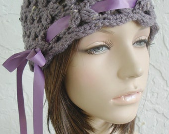 hand crochet cloche beanie hat ~ scallop hat ~ dusty grape tweed