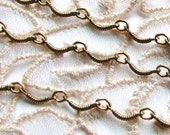 Dainty Scalloped Antiqued Brass Chain (3ft) b1057