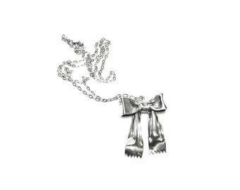 mini ribbon bow pendant