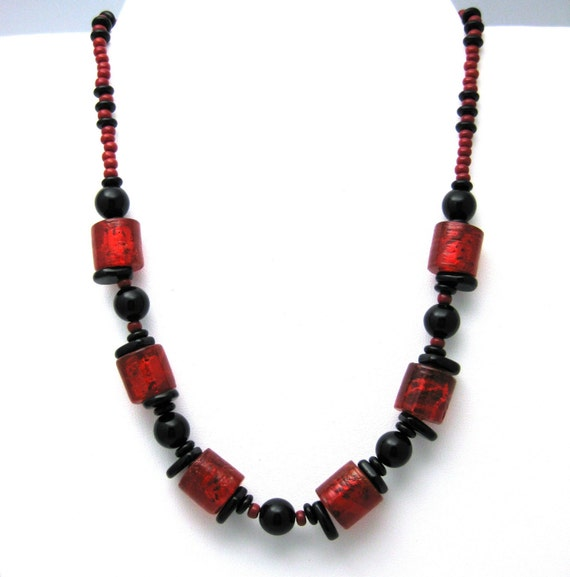 Red and black necklace black and red necklace red and black for Red black and green jewelry