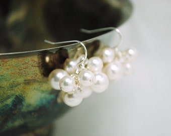 Bridal Earrings, White Pearl Cluster Earrings, Bridal Jewelry, Bridesmaids Gifts, Wedding Jewelry, Blossom Earrings E228B08WHSS