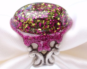 Groovy GlitteRING- Lime and Fuchsia Glitter and Resin Ring (R-009)