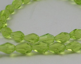 SALE Green/Yellow Faceted Glass Teardrop Beads 8x6mm (GB37)