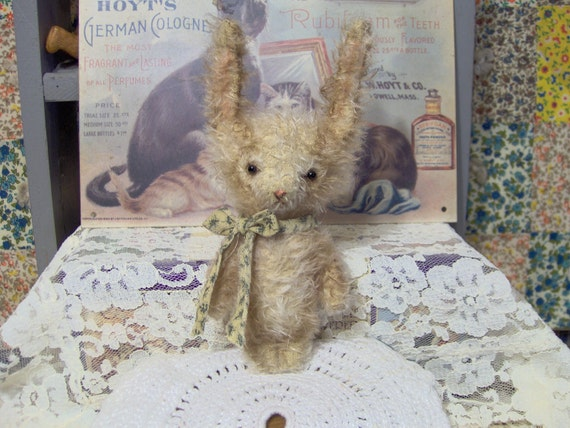 Primitive Bunny E Pattern vintage style Mini Mohair  Woodland Rabbit
