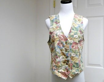 SHABBY CHIC floral print cotton vest . medium . made in USA