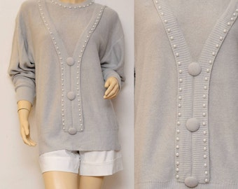 1980s vintage gray pearl beaded soft sweater . xl