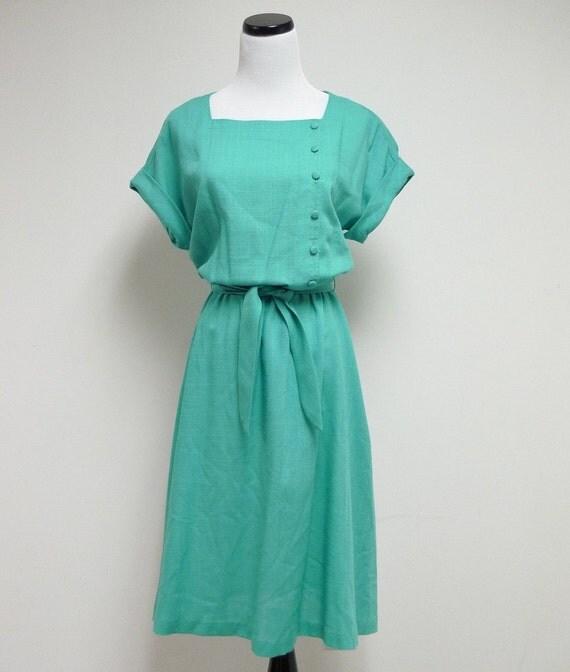 TONI'S GREEN DAY . 1980 vintage dress . small to medium