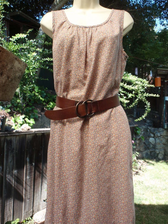 Sale Vintage 1970s Small Floral Calico Shift Dress with Pockets M/L Indie Hipster Festival epsteam  Brown Flowers