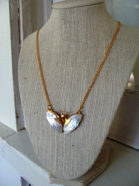 FREE SHIPPING Vintage Mother of Pearl Butterfly Necklace