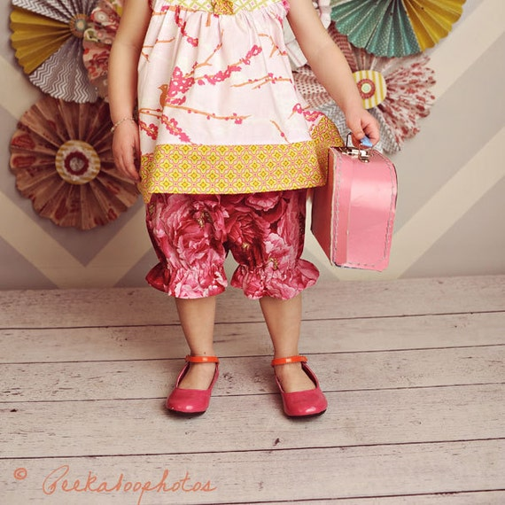 Baby Bloomer Pattern - PDF Sewing Pattern for Bloomers 0-24 months