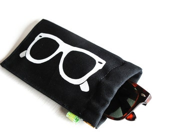 Classic Frames ) Squeeze Eyeglass Case Slash Sunglass Case