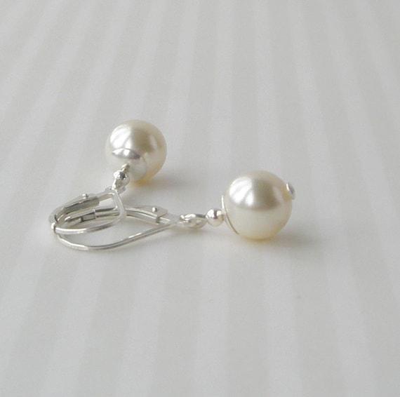 ivory pearl earrings sterling pearl earrings by