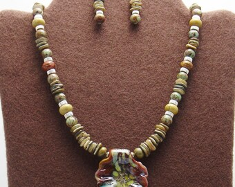 Art Glass Organic Leaf Focal Bead with Natural Shell and Stone,Necklace Set
