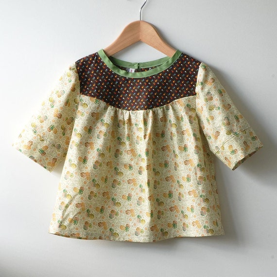 SALE: 40% discount on girls top / blouse / tunic floral with vintage fabric yoke size 4T