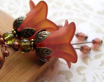 Saffron Orange Flower Earrings - Rust Tomato Red Floral Earrings, Vintage Style Jewelry, Fall Fashion, Autumn, Halloween Jewelry