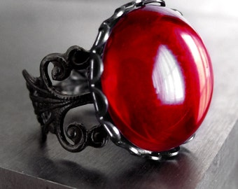 Blood Red Cocktail Ring, Deep Red Glass Ring, Red Vintage Cabochon Ring, Black Filigree Ring, Dark Goth Gothic Ring, Red Halloween Jewelry