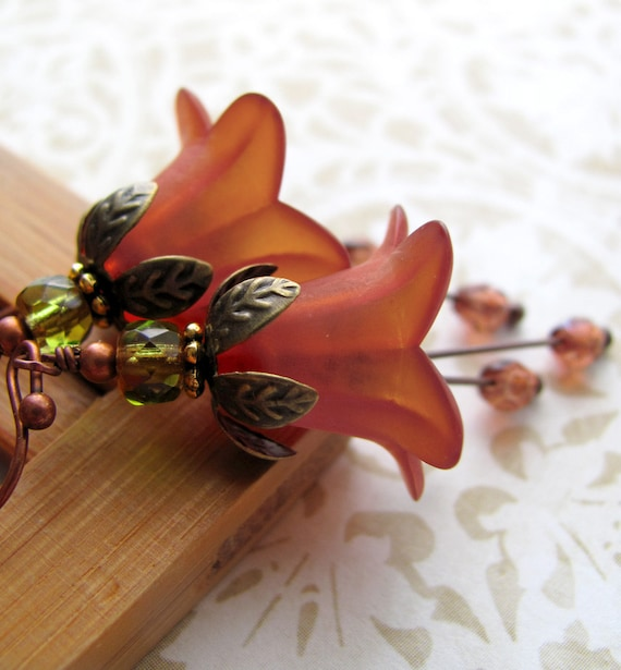 Saffron Orange Flower Earrings - Rust Tomato Red Floral Earrings, Vintage Style Jewelry, Fall Fashion, Autumn, Halloween Jewelry