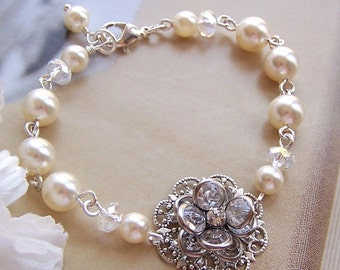 Brides Bridesmaids Bracelet, Customizable Swarovski Pearl and Crystal, Flower Jewelry  - Bridal Jewelry -3044
