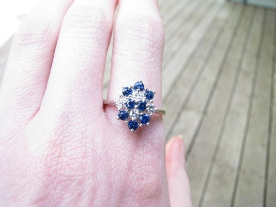 Stunning Vintage Estate 14K Blue Sapphire and Diamond Cluster Ring with Gorgeous Color