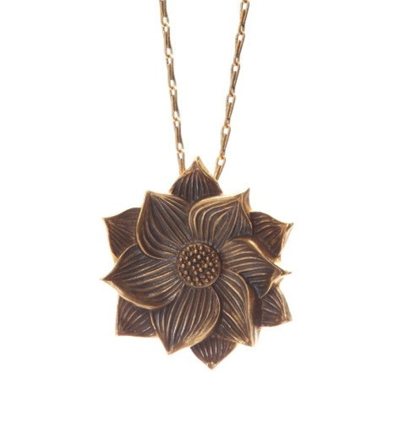 Lotus Flower Necklace. Flower Necklace. Yoga Jewelry. Yoga Necklace. Meditation Necklace. Flower Jewelry. Statement Necklace. Brass Flower.