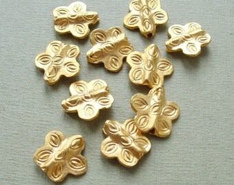 Gold plated metal Beads  10pc