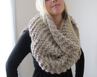 Super Snuggly Chunky knit cowl Oatmeal Infinity scarf.