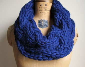 Oversized Cable knit cowl Midnight Blue. Infinity scarf. Handmade knitwear.