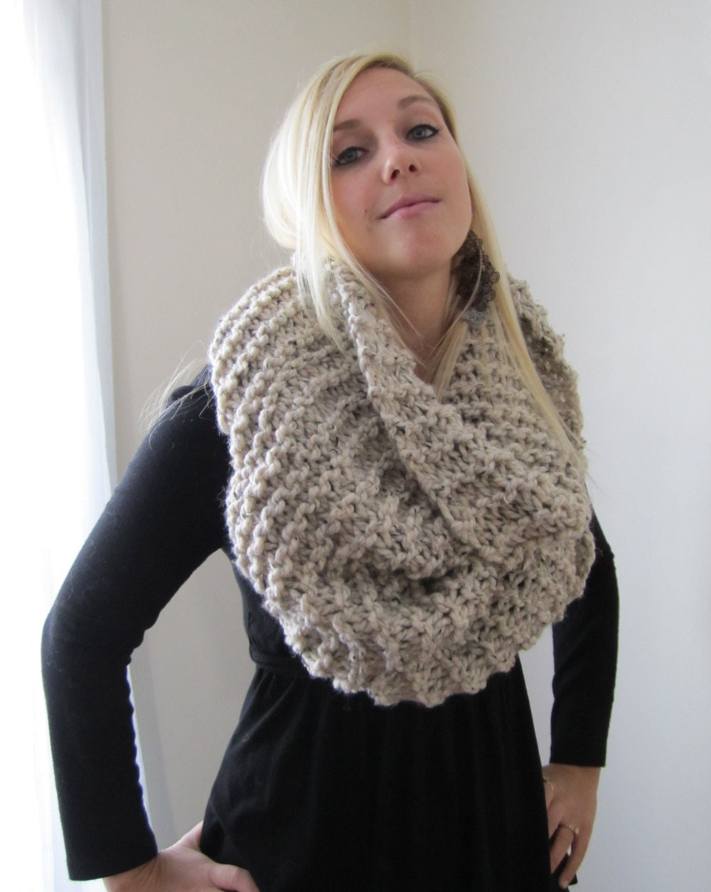 Knitting Pattern Big Scarf : Super Snuggly Chunky knit cowl Oatmeal Infinity scarf.