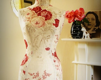 Bedroom Decor English Rose Linen Display Mannequin - Kate Forman