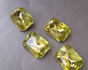 Jonquil 18X13mm Octagon Vintage Foiled Glass Rhinestones 4 Pcs