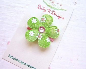 Baby Bow/ Baby Snap Clips / Itty Bitty Clips / Infant Clips / Girls Bows / No Slip Hair Clip / Pink a Green  Flower Clip St.Patricks Day
