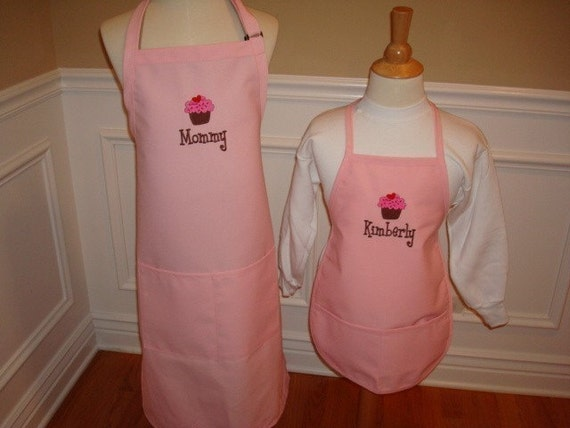 Personalized Mommy and Me Daughter Apron Set Mom Mother grandmom Nana monogram embroidered Great Christmas Gift