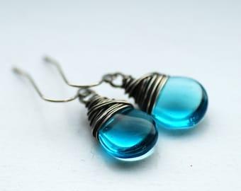 Aqua Blue Earrings, Glass Jewelry, Drop Earrings, Bridesmaid Earrings, Oxidized Sterling Silver, Beachy Jewelry