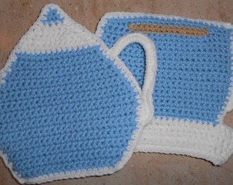 Tea Pot and Tea Cup Pot Holder / Hot Pad Set in light blue