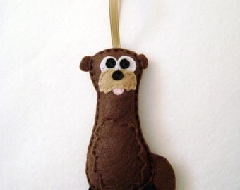 Otter Ornament, Christmas Ornament, Felt Animal,  Otto the Otter, Stocking Stuffer, Christmas Decoration, Felt Ornament