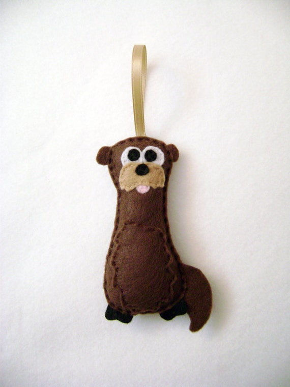 Otter Ornament, Christmas Ornament, Felt Animal,  Otto the Otter - Made to Order, Stocking Stuffer, Christmas Decoration, Felt Ornament