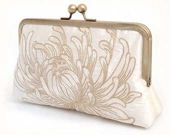 clutch bag, embroidered silk flower purse, wedding clutch, bridesmaid gift, IVORY CHRYSANTHEMUM