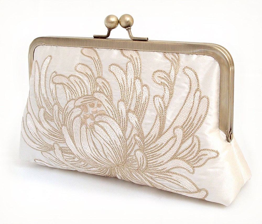 Wedding Clutch: Clutch Bag Embroidered Silk Flower Purse Wedding Clutch