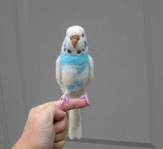 Custom Pet Portrait / Needle Felted PARAKEET / Handmade Animal Sculpture / Lifelike / Lifesize / Chirpie
