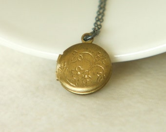 Oxidized Sterling Silver Necklace with Small Floral Embossed Vintage Brass Locket - Tiny Locket // I002