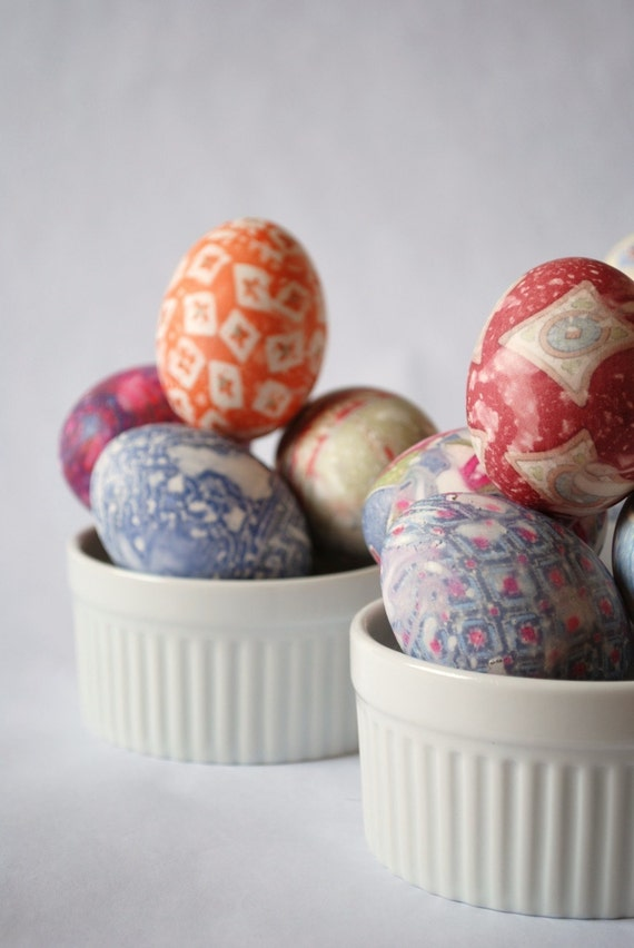 Silk Dyed Easter Egg Kit - Easy Tidy Fabulous Recycled and Reusable - US Shipping Included