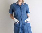 Vintage 1960s Shirtdress - Cornflower Blue Uniform Style Pocket Shirtwaist Dress - Large XL