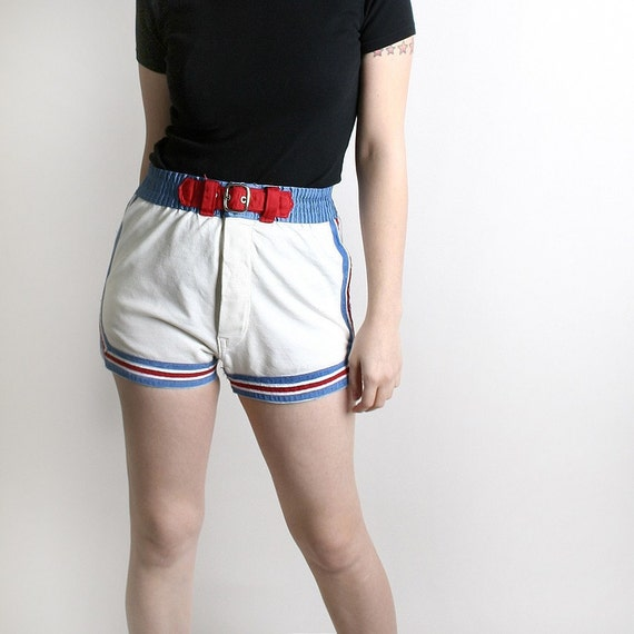 Vintage White Shorts Tomboy Bike Fun Sporty Sport - 26 inch waist - Nautical Summer Fashion