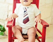 ORGANIC BABY BODYSUIT with a Neckite applique..... soft 100% organic cotton bodysuit..... Great baby gift
