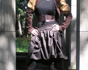 Steampunk brown and sand puff sleeves bolero with bronze studs. Steam punk Cotton and fake leather jacket. Size M