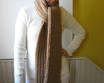 Chunky Scarf Knit in Brown - Long with Fringes - Man - Woman