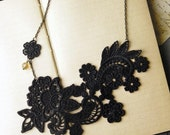 lace necklace - NOEMIE - black- statement necklace