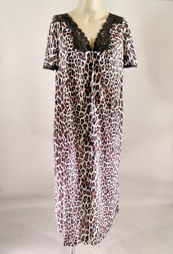 70s Leopard Vanity Fair Nylon Peignoir Robe Lingerie Tricot Jungle Wild Print Size Medium Vintage