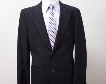 Men's Blazer / Vintage Charcoal Grey Pinstripe Jacket / Size 42